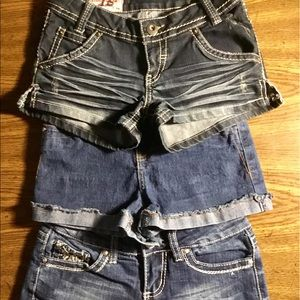 LOT OF 3 NEARLY NEW JUNIORS DENIM SHORTS